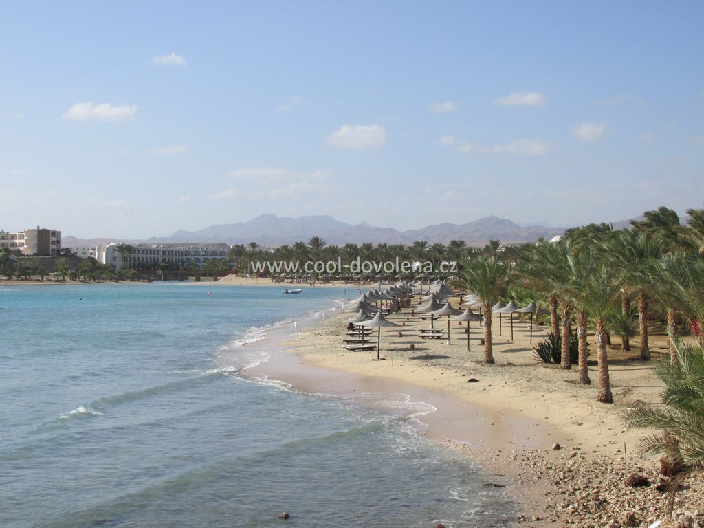 Hotel royal brayka beach resort nabízejí tyto cestovní kanceláře